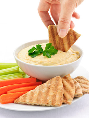 5-hand-celery-carrots-pita-hummus-lgn