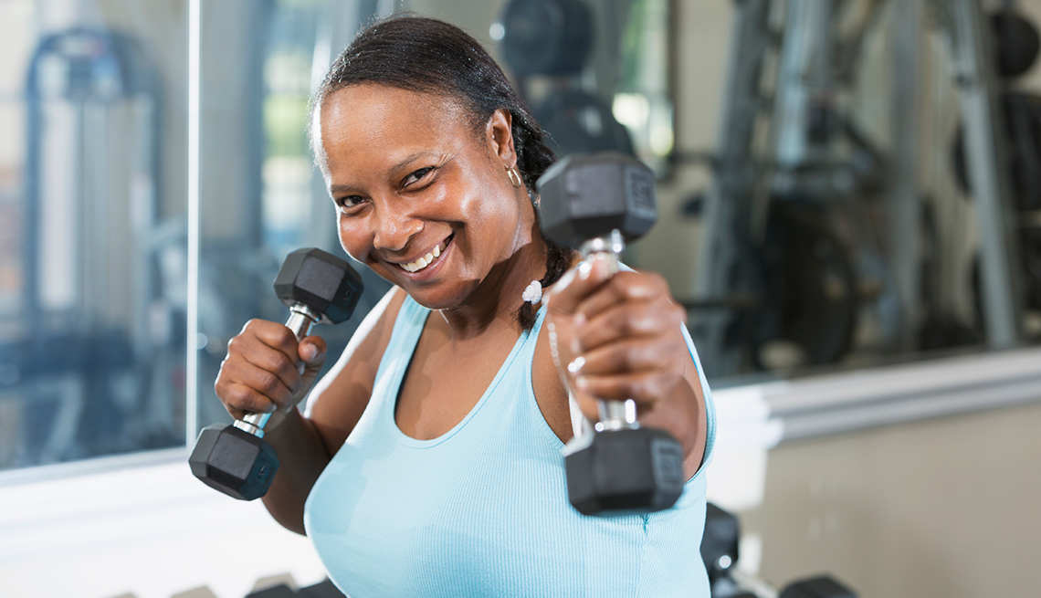 mature-african-american-woman-working-out
